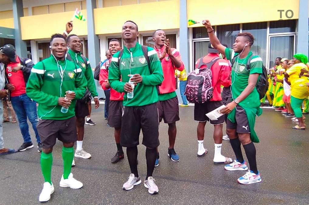 Retour des champions: l'équipe locale des Eperviers est rentrée dimanche à Lomé