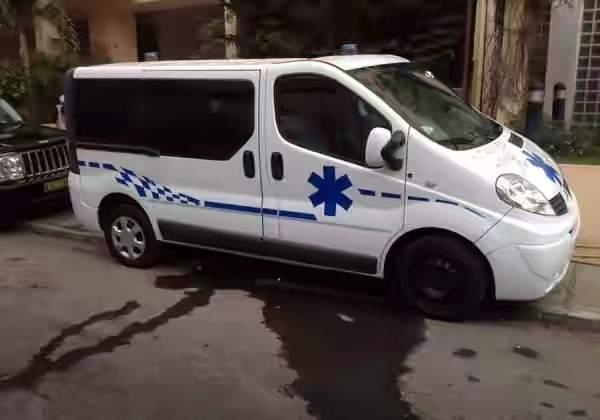 Inde: une femme enceinte et  son enfant meurent lorsque l'ambulance tombe en panne