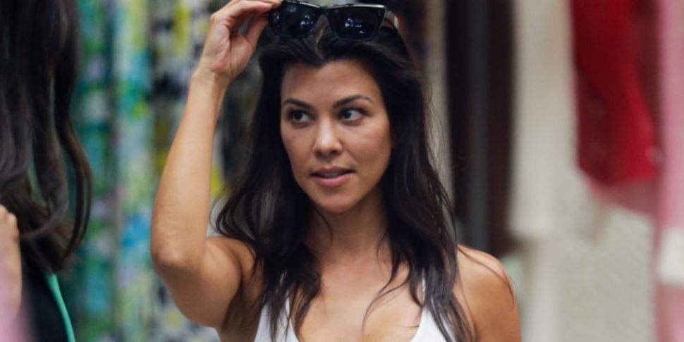 Drame : Une Employée De Kourtney Kardashian Lui Vole 5000 Dollars Et La Hacke