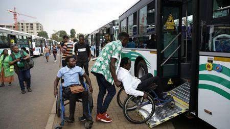 Le Rwanda met en circulation des bus adaptés aux personnes handicapées