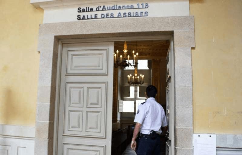 France : un homme viole une jeune femme sous les yeux de deux enfants