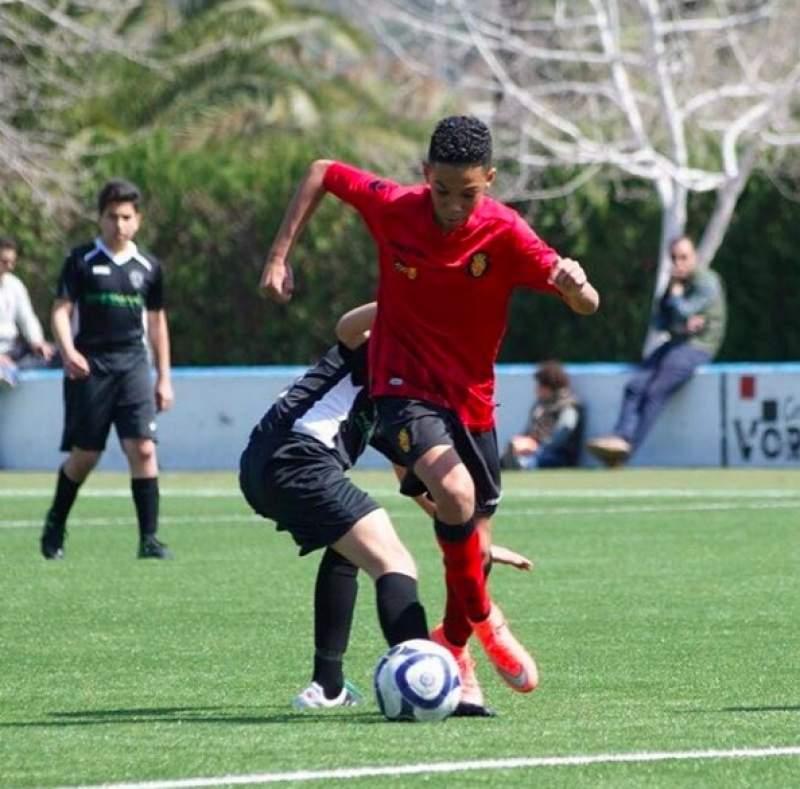 Etienne Eto'o s'adresse en toute humilité à ses nouveaux coéquipiers en équipe nationale U17