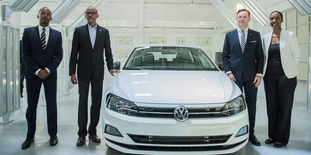Le Rwanda fait sortir son bijoux. il s'agit du premier véhicule Volkswagen « Made in Rwanda »
