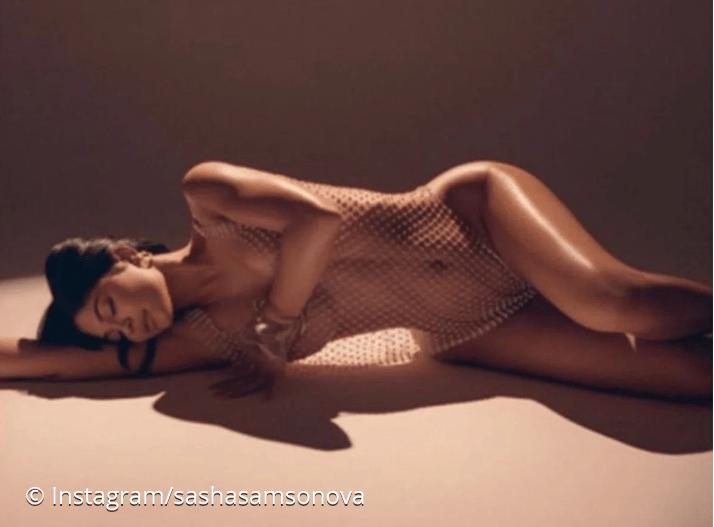 Instagram : la star Kylie Jenner pose nue et enivre la toile
