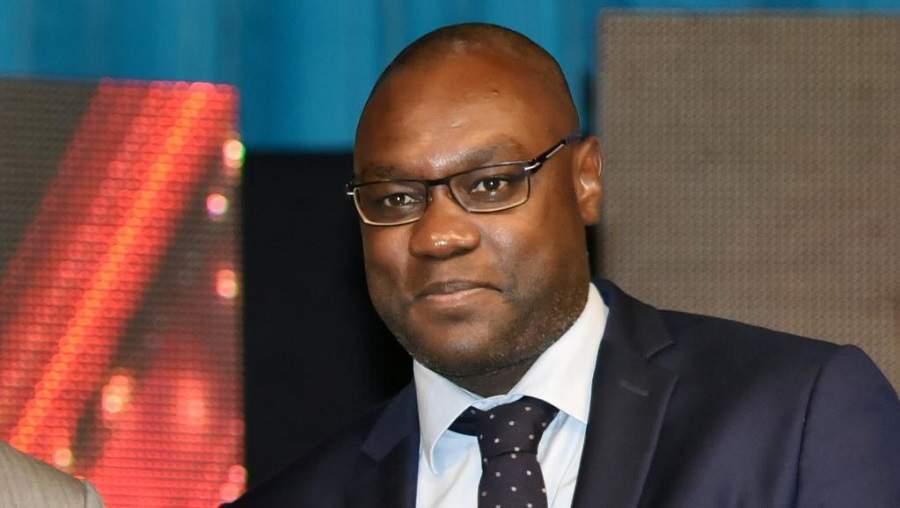 Le Camerounais Patrick Mboma décroche un Master de l'UEFA
