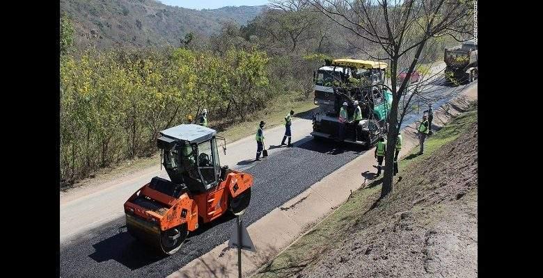 Afrique du Sud : premier pays africain à construire des routes avec des bouteilles de lait en plastiques recyclées
