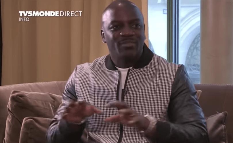 Akon: «La France profite des ressources de Afrique»