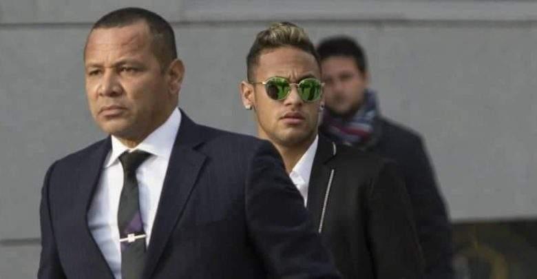 Neymar tient sa promesse en assistant au mariage de son ex