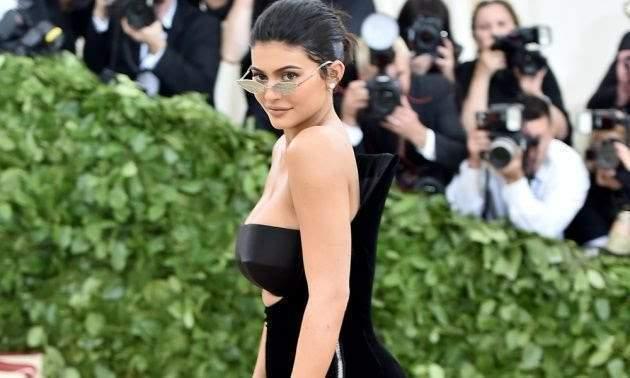 Voici l'incroyable somme que gagne Kylie Jenner avec sa marque de cosmétique