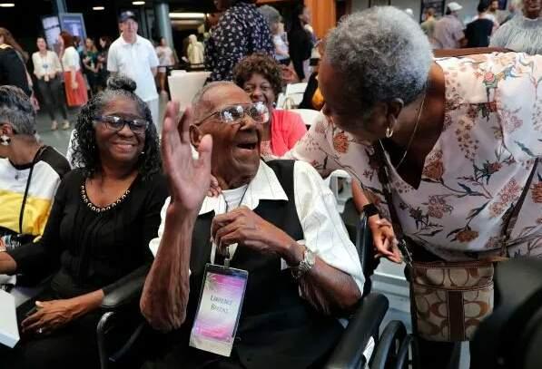 Le plus vieux vétéran de la seconde guerre mondial fête ses 110 ans