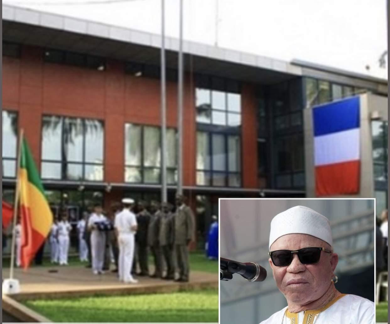 Le retour triomphal de Salif Kéita au Mali après ses attaques contre Macron (Vidéo)