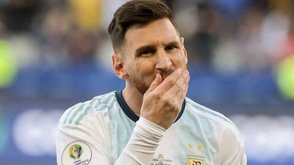 Messi demande au sélectionneur brésilien de la fermer