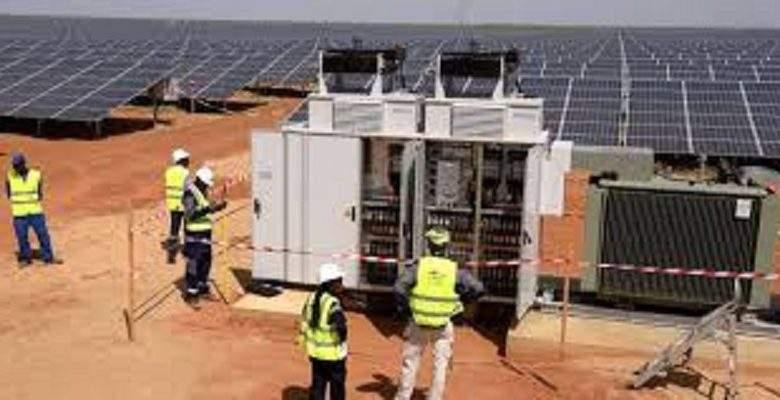 Sénégal: 300 villages supplémentaires seront électrifiés grâce au photovoltaïque