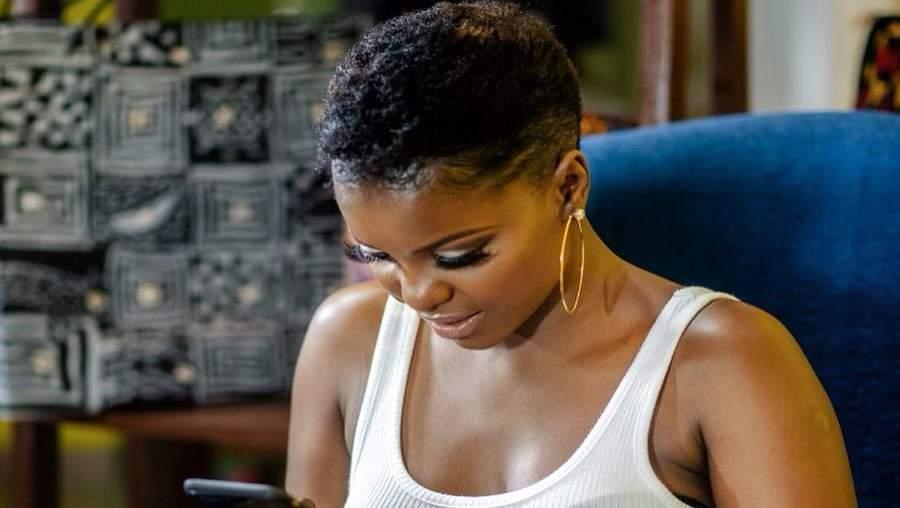 La chanteuse camerounaise Daphné s'évanouit sur scène à Atlanta