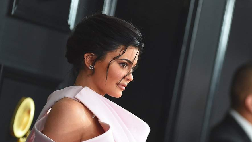 L'entreprise Coty s'effondre après le rachat des parts de Kylie Cosmetics