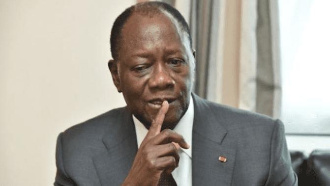 Un fervent militant du tyran Ouattara menace d'égorger le prof Franklin Nyamsi Wa Kamerun