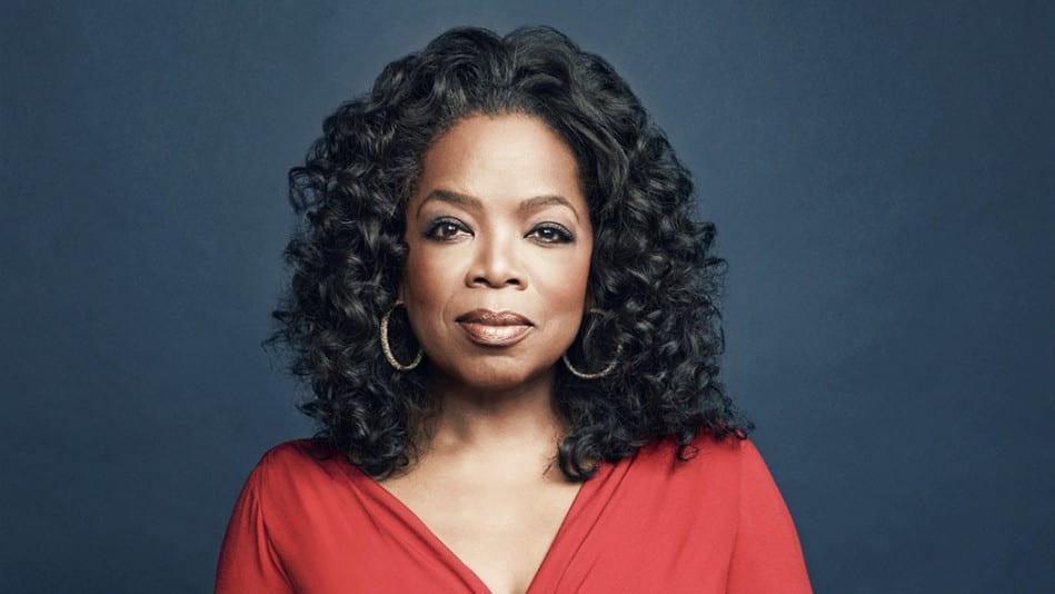 Oprah Winfrey envoie un message fort à Miss Univers Zozibini Tunzi