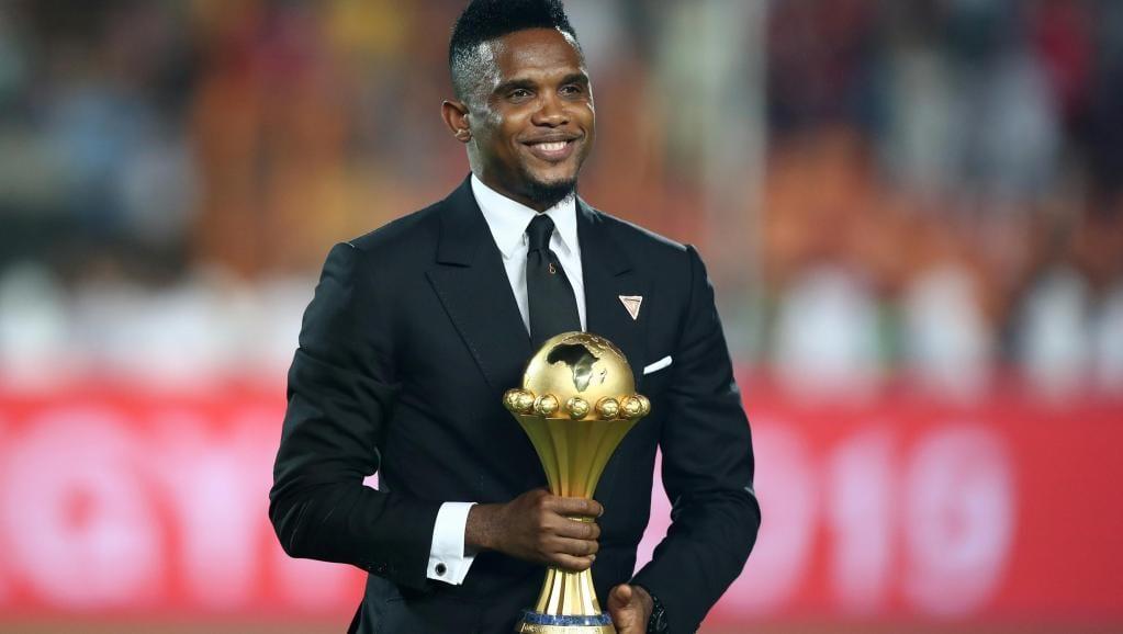 Samuel Eto'o n'est pas une légende africaine mais bien plus selon Gianni Infantino