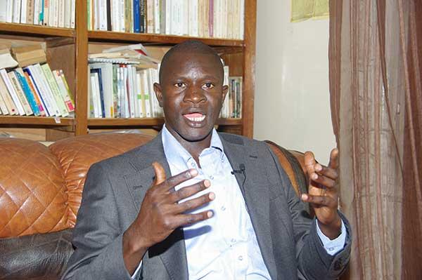 «Alassane Ouattara est dans une posture suicidaire» dixit Dr Babacar Diop