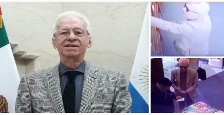 Filmé en train de voler un livre, un ambassadeur mexicain démissionne