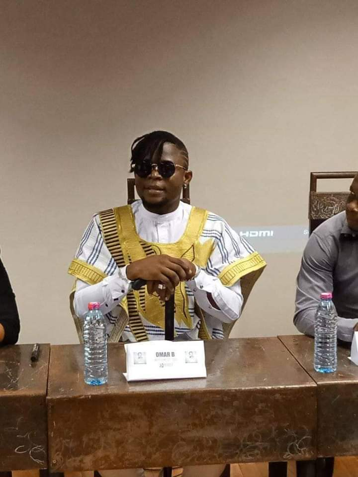 Le King Omar B investit les bacs une 3 ème fois avec l'album Me MySelf And I