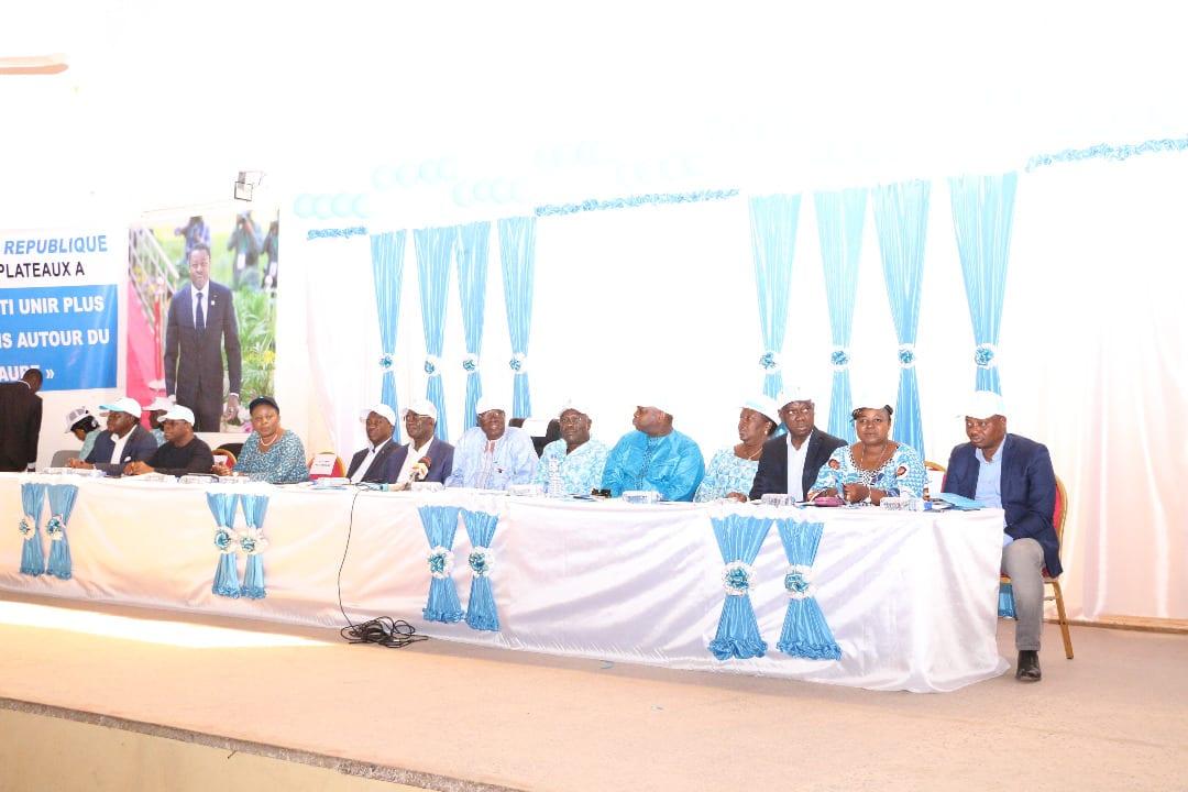 Les militants d'UNIR Plateaux-Est disent oui à Faure Gnassingbé