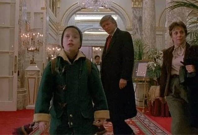 Film : Donald Trump honoré  d'avoir joué dans « Maman, j'ai encore raté l'avion »
