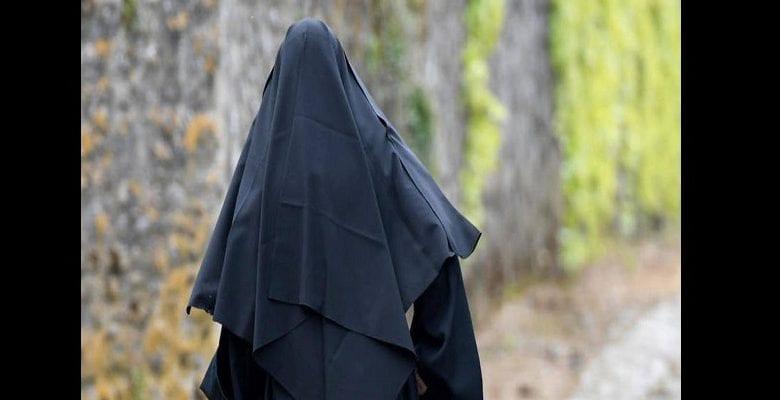 Italie: une Mère supérieure tombe amoureuse, l'église catholique réagit
