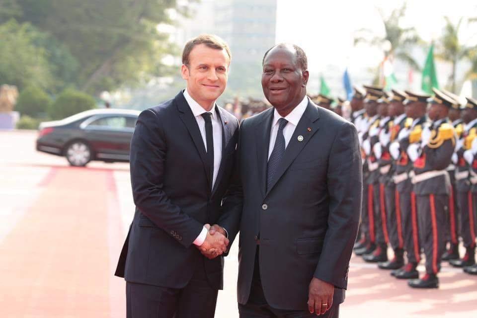Macron en Côte d'Ivoire pour le Noël des troupes