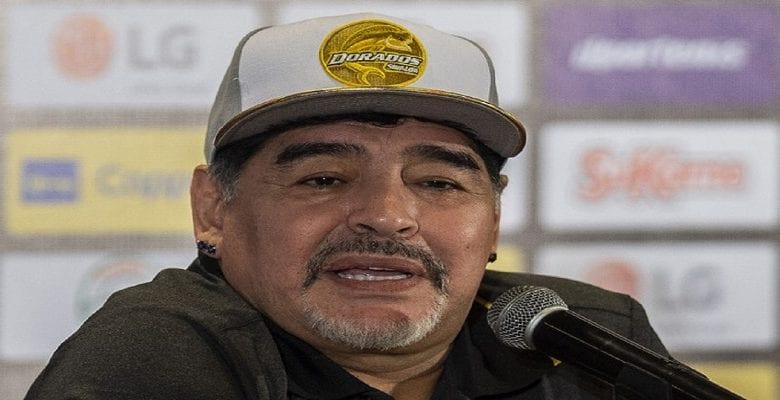 Maradona désigne le meilleur footballeur de tous les temps plus fort que lui-même, pélé, Messi et Ronaldo