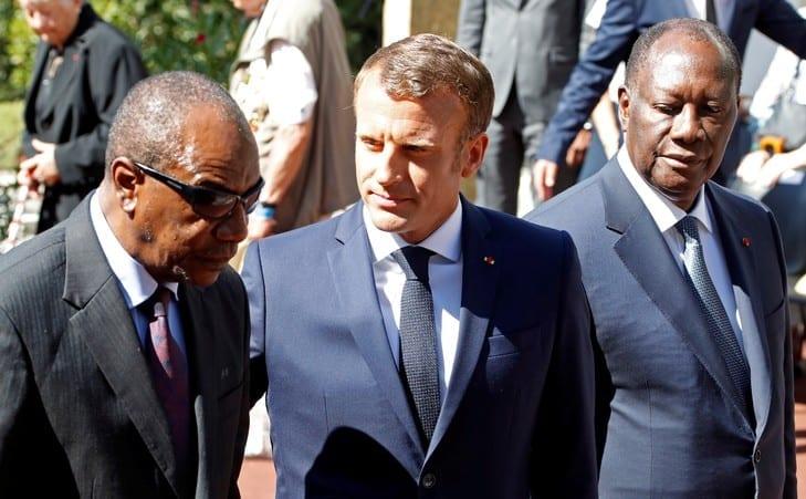 Mouvements anti-français au Mali, au Burkina: Macron humilie les présidents africains (Vidéo)
