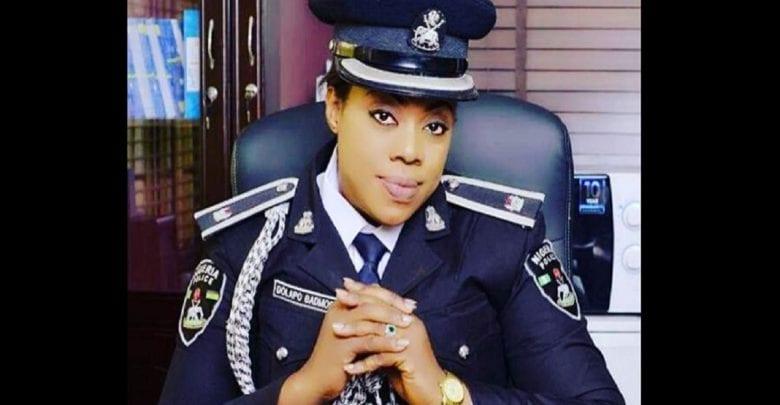 Prêter aux gens votre numéro de compte pour recevoir de l'argent est risqué, selon une policière nigériane