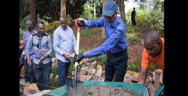Rwanda: le président Paul Kagame participe à la journée mensuelle de nettoyage
