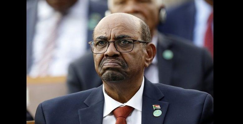 Soudan: l'ancien président Omar el-Béchir condamné à deux ans de détention en centre spécialisé