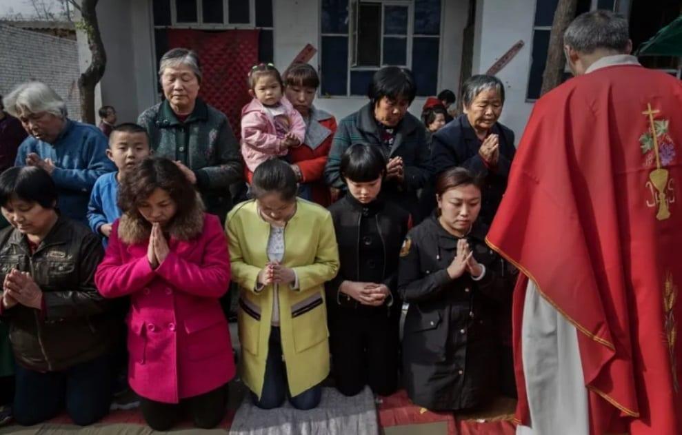 En Chine les églises ferment, des pasteurs emprisonnés et les Écritures réécrites