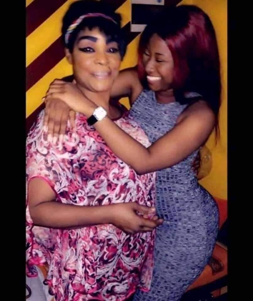 Réconciliation surprise entre Carmen Sama et Tina Glamour