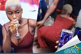 Amina de koumassi se fait baiser dans un hôtel bas de gamme (vidéo)