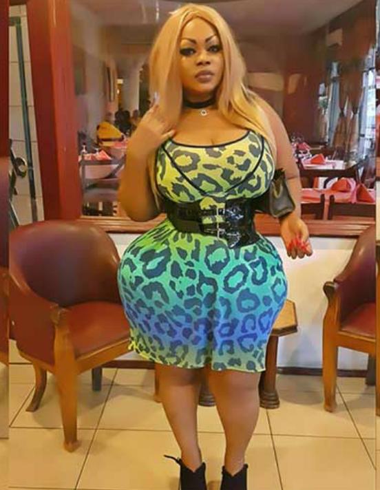 Bénin : Eudoxie Yao offre un show live à Cotonou