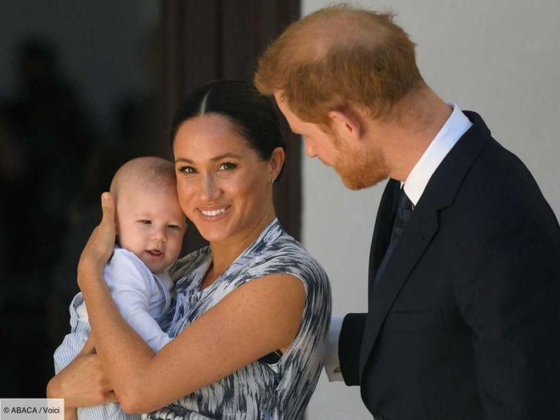 La reine Elizabeth II soutient la décision du prince Harry et  Meghan Markle