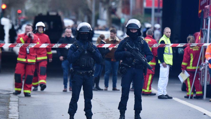 Une attaque à couteau près de Paris, au moins un mort enregistré