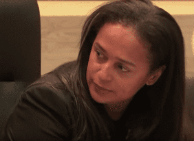 "Angola : Isabel dos Santos, la ""princesse de Luanda"" qui tente de sauver sa fortune"
