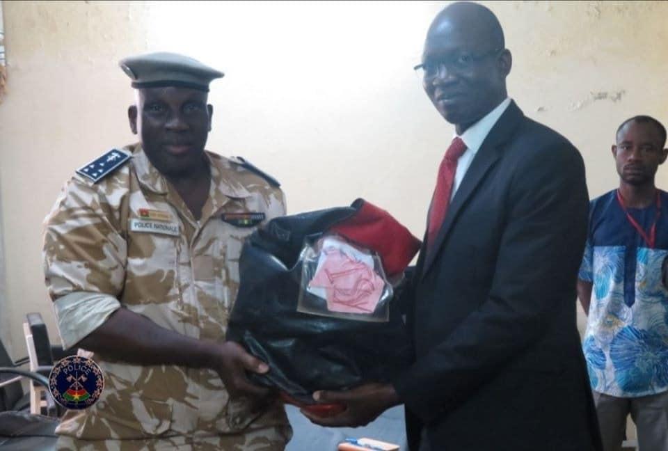Burkina : La Police récupère 336 millions volés par un convoyeur de fonds (Photos)