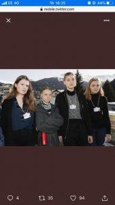 """Suisse: une militante du climat dénonce une coupure photographique """"raciste"""""""
