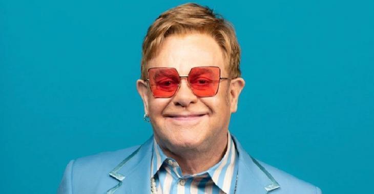 Elton John promet de donner un million de dollars pour aider l'Australie