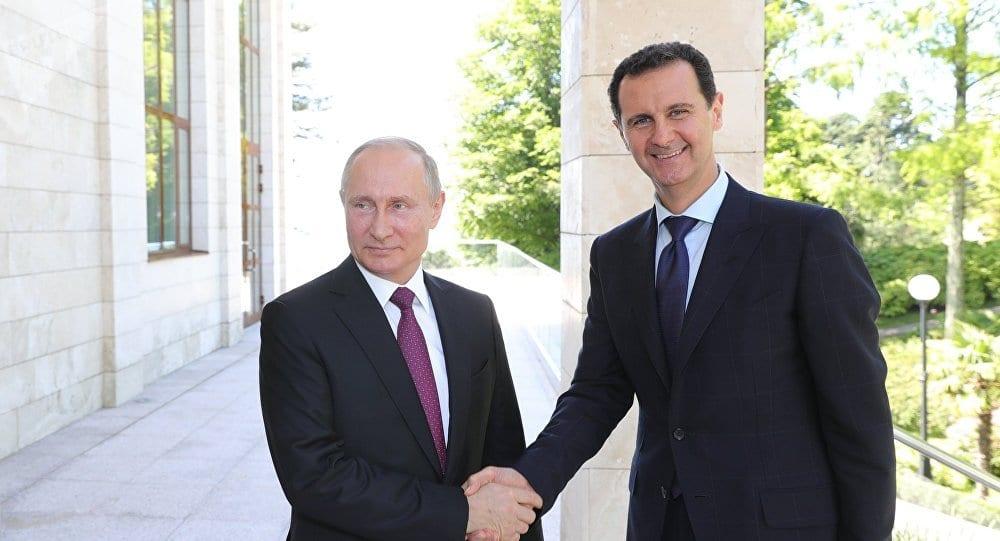 En visite à Damas, Vladimir Poutine rencontre Bachar el-Assad et exacerbe la tension entre les Etats-Unis et l'Iran