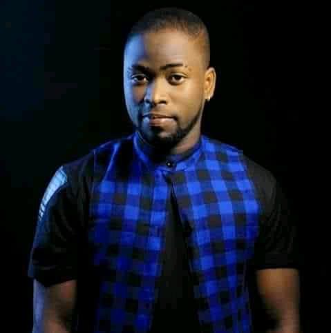 Togo : Papou, vivement critiqué pour avoir laissé sa carrière musicale
