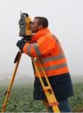 Smart Pro Service recrute 02 Techniciens géomètres Junior