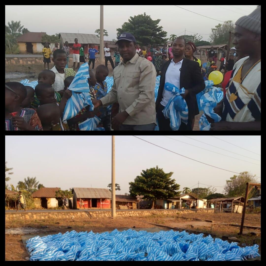 Ogou2: Plus de 400 enfants ont fêté le Nouvel an grâce au Conseiller Dotchou Elolo