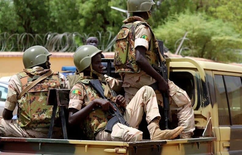 Mali: Au moins 19 morts dans l'attaque d'un camp de la gendarmerie