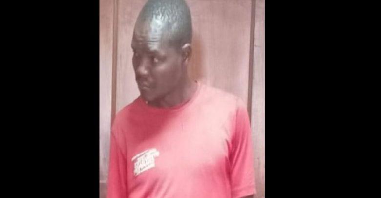 Kenya: un homme traduit en justice pour avoir dit à une femme que sa partie intime pue